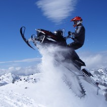 Southern Oregon Snowmobile Rentals & Winter Fun!